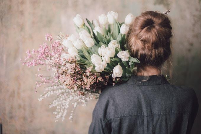 初心者向け!お花のサブスクの切り花を長持ちさせる方法のブログ